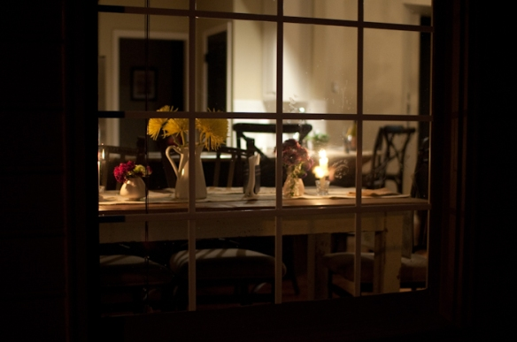 table setting romantic dinner party