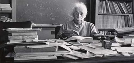 albert einstein, einstein, genius, physicist, clutter, desk, organization, organize, declutter, workspace, 2013, new year, resolution