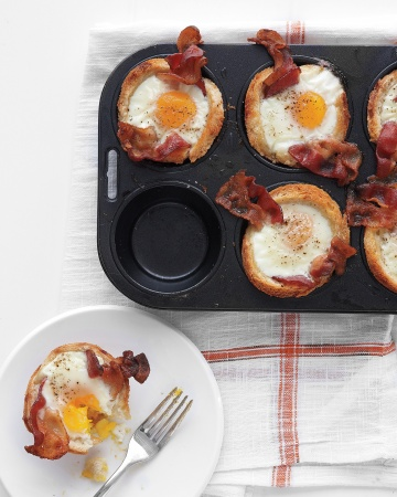 mothers day, mom, mother, feeding ducks, tenderness, a mother's love, mothers day brunch recipes, martha stewart, brunch recipe, bacon egg toast