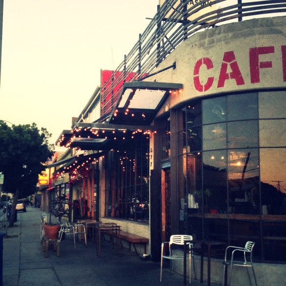 los angeles, LA, L.A., outdoor seating, outdoor, outdoor dining, warm weather, summer, spring, cafe