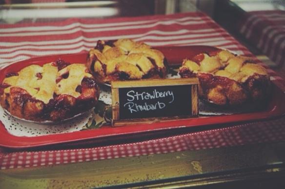 betty's pie whole, encinitas, california, desserts, personal pie, savory pie, wedding, weddings, planning, catering, stawberry, rhubarb