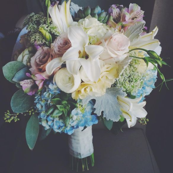 wedding, weddings, bouquet, flowers, bride, rustic, muted colors, blush